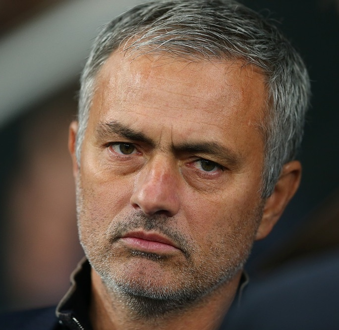 Jose__Mourinho_in_Kyiv,_October_2015